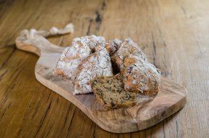 traindevie noten rozijnenbroodjes