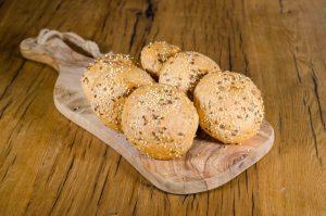 traindevie wit meergranen broodjes