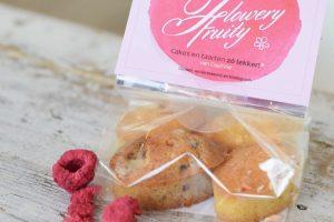 Rose & vanilla flowery fruity cakes